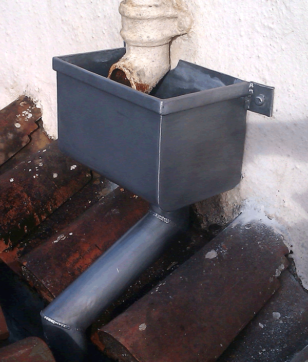 Lead Box Hopper Head