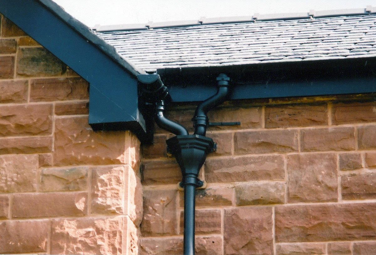 Conservation Guters and Rainwater Pipes